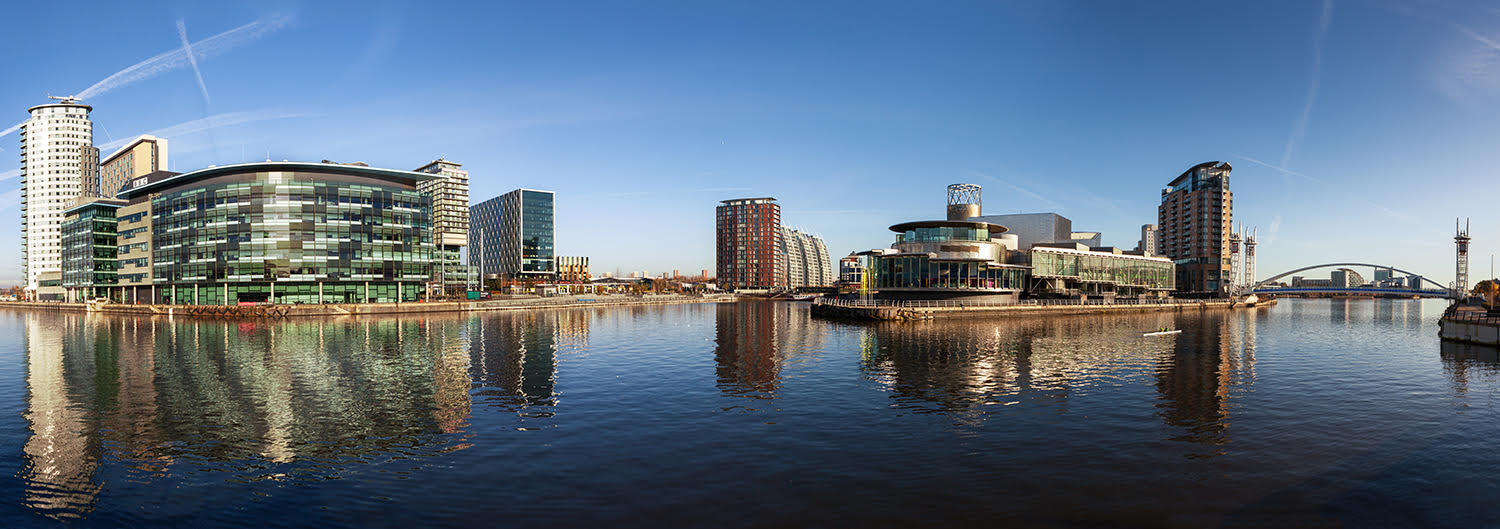 Manchester Media City Shipping Canal - Pendulum Hotel